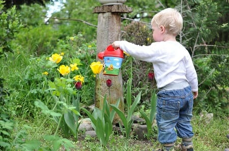 Chores You Can Do With Your Children In The Garden